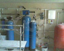 Почему пахнет вода из скважины?